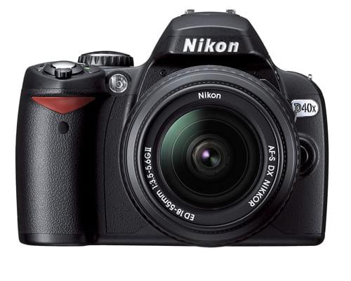 Nikon D40x 10.2MP Digital SLR Camera with 18-55mm